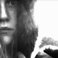 Първото видео на Expectations е онлайн - черно-бяло и мрачно